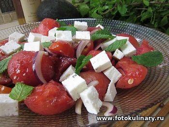 Быстрый и лёгкий салат из арбуза