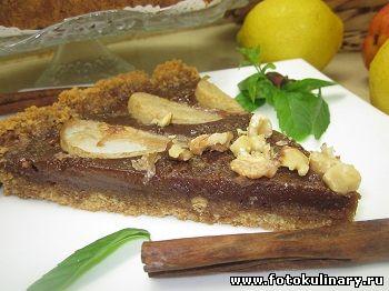 Пирог с шоколадной карамелью и грушами