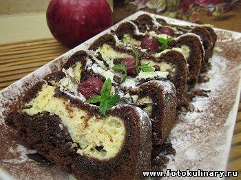 Шоколадный пирог с начинкой