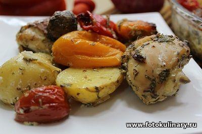 Курица запечённая с овощами