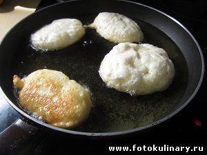 Пончики (Тесто дрожжевое для пончиков и оладий)