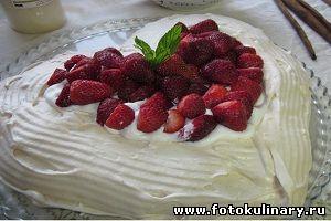"""Торт безе с кремом """"Любовь"""""""