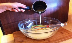 Сдобное дрожжевое тесто для булочек и ватрушек